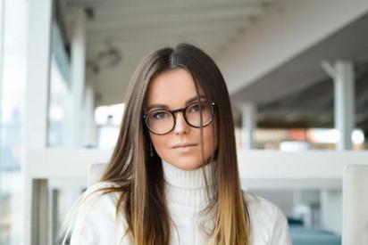 青岛华厦眼科医院:长期戴隐形眼镜对近视手术有影响吗